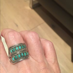 Exquisite Unique Dainty Turquoise Ring